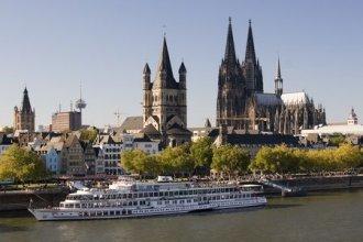 Wikinger Reisen - Domstadt K�ln - Silvester auf dem Rhein