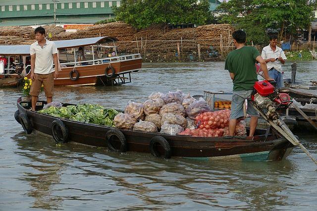Mekong - Boot - Gemüse